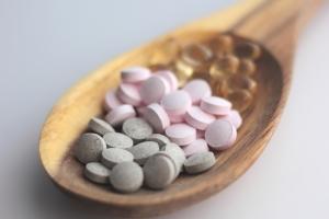 Vitamin B12 Kapseln enthalten meist natürliches B12