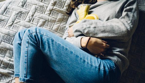 Blasenentzündung: Ursachen, Symptome plus Hausmittel gegen Zystitis