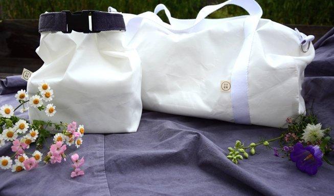 Gewinnen Sie ein Sommer-Set mit Sporttasche, Lunchpack und Tuch