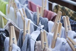 Energie sparen beim Waschen mit den richtigen Temperaturen. Wäsche trocknen lassen statt Tumblern