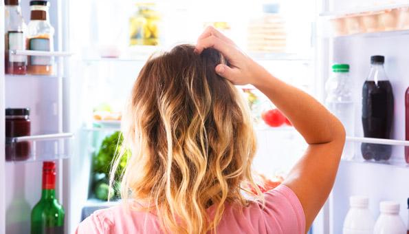 Kühlschrank richtig einräumen: So halten Lebensmittel länger