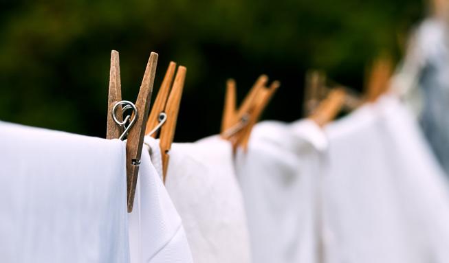 Mit diesen Tipps waschen Sie Wäsche blitzblank und schonen die Umwelt