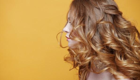 Haarkur selber machen: 7 Haarkuren mit natürlichen Zutaten