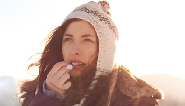 Lippenbalsam selber machen: 4 Rezepte mit natürlichen Zutaten