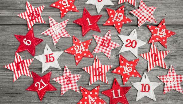 Stoffsterne mit Nummern für einen Adventskalender