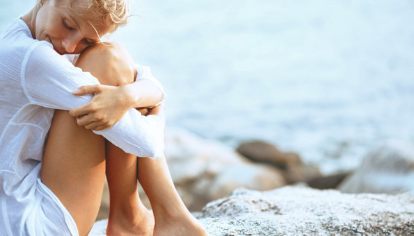 Frau mit schöner Haut dank richtiger Körperpflege