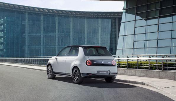 Der Honda e gehört definitiv zu den Favoriten unter den Elektroautos 2020