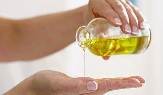 Massageöl selber machen mit zwei einfachen Zutaten