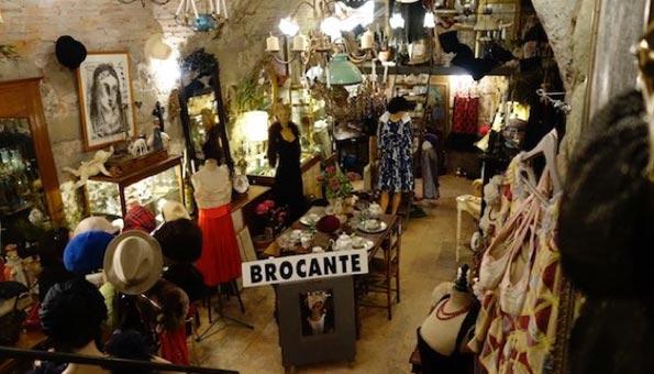 Second Hand Bern: Die 12 besten Shops für Mode aus zweiter Hand. Amuse Brocante.