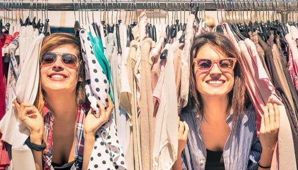 Kleidertausch ist in und in vielerlei Hinsicht nachhaltig