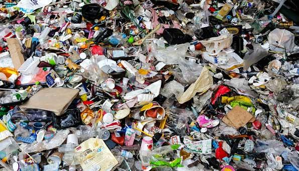 21 Städte sagen Abfallbergen den Kampf an