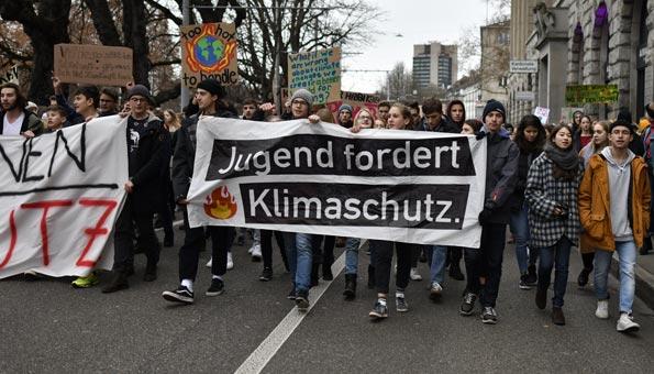 Klimastreik Schweiz: Schulen reagieren mit Strafen für Schüler