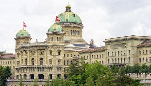 Nationalrat bestätigt Klimaziele nach Ablehnung von FDP-Motionen