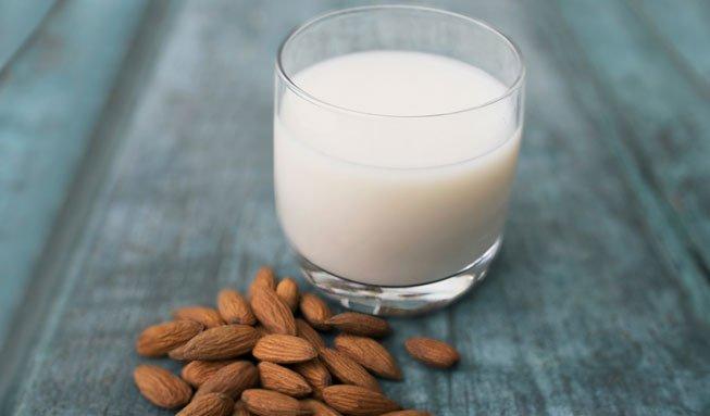 Milchersatz kann mit Kuhmilch nicht mithalten