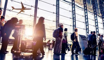 Schweizer Fluggäste kompensieren nur 1 Prozent ihrer CO2-Emissionen