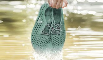 Dieser neue Schuh aus Algen hilft der Umwelt gleich doppelt