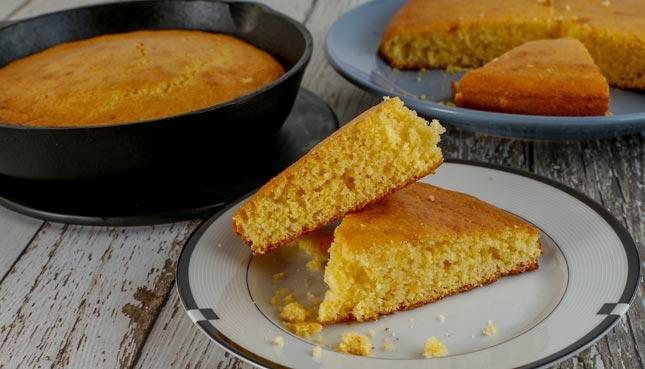 Amerikanisches Maisbrot Cornbread