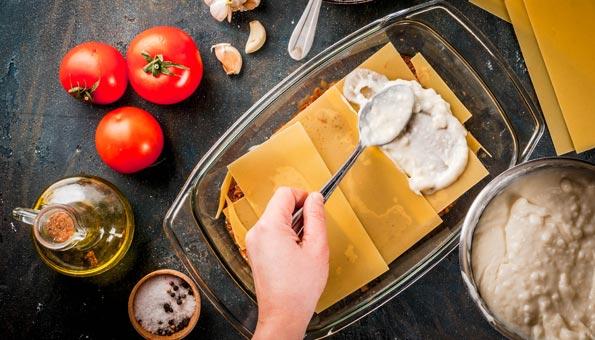 Vegane Lasagne schichten