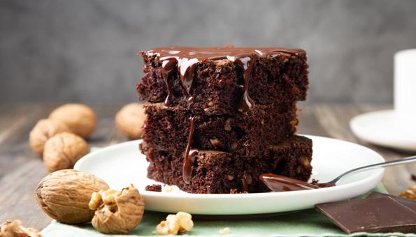 Vegane Brownies: 2 schnelle Rezepte für saftige Schoko-Brownies