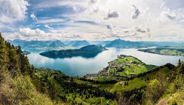 Vierwaldstättersee Wanderung mit Panorama