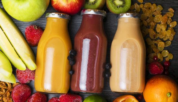 Frucht Smoothie selber machen: Rezepte mit Früchten der Saison