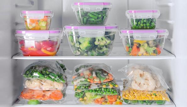 Gemüse in Boxen oder Gefrierbeuteln einfrieren