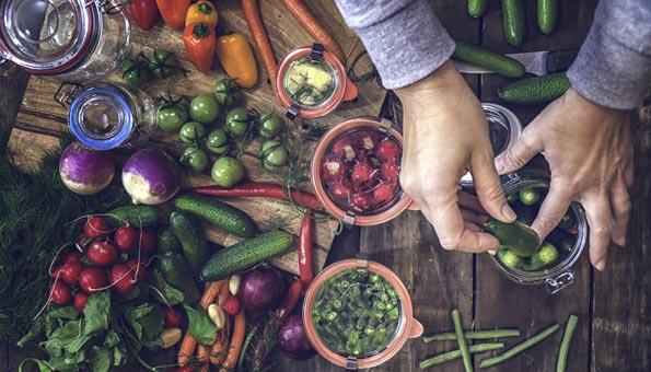 Gemüse und Früchte einmachen