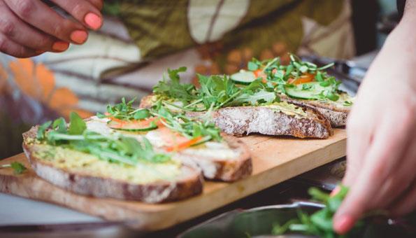 Vegane Restaurants und vegan essen in Bern: Vegane Snacks im Grünen Gaumen