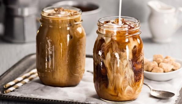 Kalter Kaffee eignet sich bestens für einen Eiskaffee.