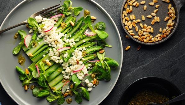 Spargeln kochen: Spargel fein zubereiten und Tipps zur Kochzeit