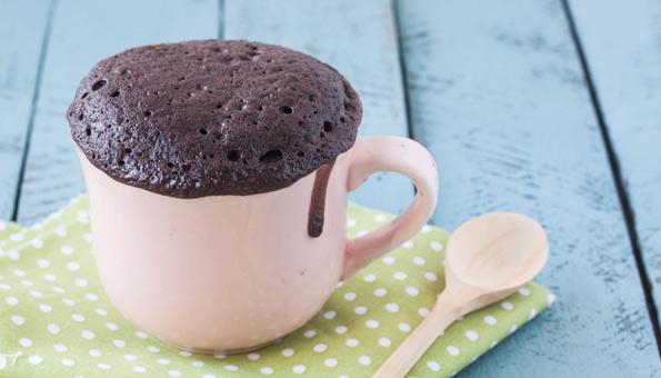 Schoko-Tassenkuchen mit Nuss-Nougat-Creme